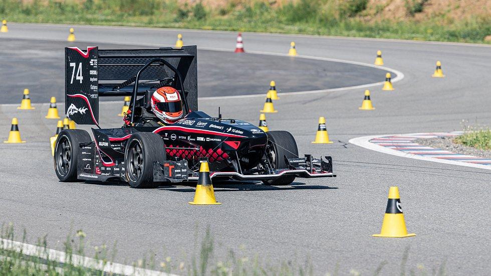 Dragon X na autodromu Brno.