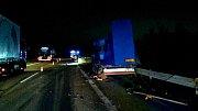 Nehoda dvou kamionů na D52 u Syrovic na Pohořelicku.
