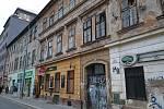Osud chátrajících budov na ulici Milady Horákové budí obavy. O jejich budoucnosti rozhodnou brněnští zastupitelé.