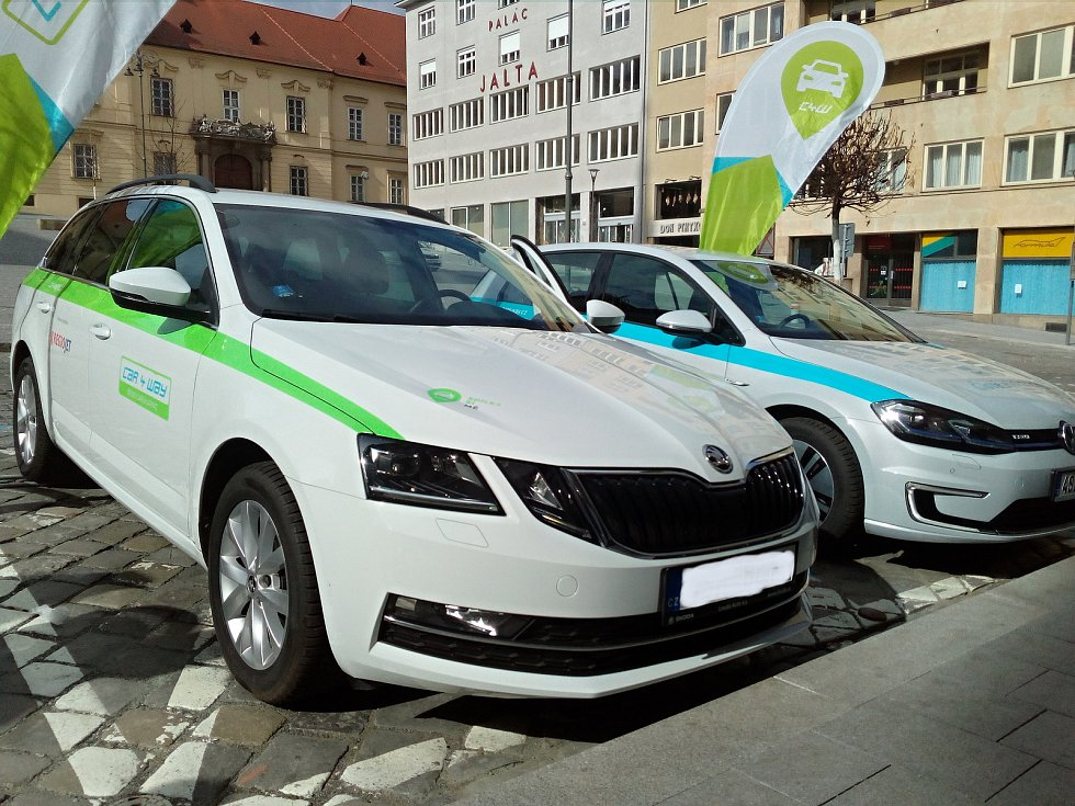 Firma Car4way spolupracuje v Brně s Regiojetem na projektu carsharingu. V Brně nabídne lidem celkem dvě stě aut.