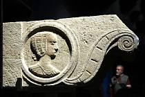 Expozice Chrám kamene v bývalých vodojemech pod hradem Špilberk.
