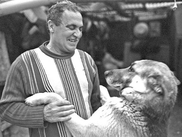 ČERNÁ SRDCE. Snímek Břetislava a Martiny Rychlíkových reprezentuje brněnskou tvorbu na festivalu Jeden svět.