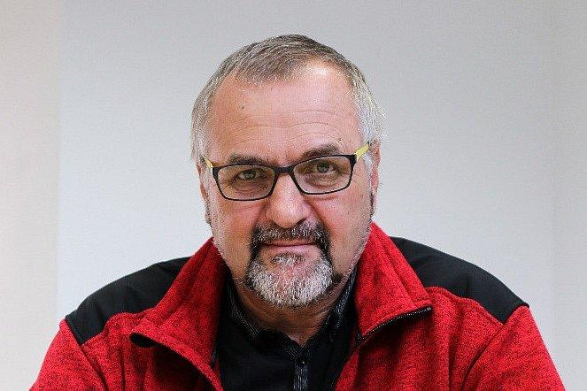 Petr Dýr z Ústavu architektury Fakulty stavební brněnské techniky se tématu venkovských brownfields věnuje pětadvacet let.