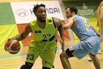 Vítězná série pokračuje. Brněnští basketbalisté v šestnáctém kole nejvyšší domácí soutěže vyzráli i na čtvrtý tým tabulky z Prostějova, který doma porazili 93:88 a připsali si třetí vítězný duel za sebou.