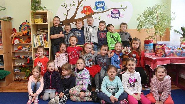 ZŠ Jehnice, na fotografii 1. třída.