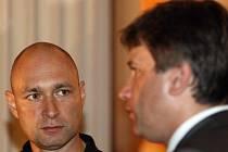 Roman Onderka přišel Daniela Landu podpořit do brněnského Mahenova divadla.