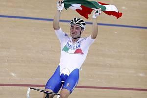 Třicetiletý profesionál Elia viviani vyhrál v omniu olympijské hry v Riu de Janeiro v roce 2016. Ve své kariéře posbíral také několik etapových prvenství na Tour de France, Giro d'Italia, španělské Vueltě.