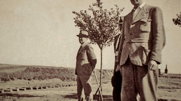 Výstavu Tomáše Jandy s názvem Nedokončená dálnice Vratislav – Brno – Vídeň 1938 až 1942 si zájemci mohou prohlédnout od úterý až do 8. června v Technickém muzeu v Brně.
