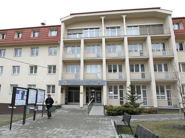 ILUSTRAČNÍ FOTO: Kuřimská radnice.