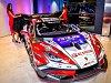 Dámy a pánové, seznamte se. Toto je Lamborghini Huracan Super Trofeo EVO, nový vůz brněnské závodní stáje Mičánek Motorsport. Hlavní technické parametry: desetiválec s výkonem 620 koňských sil a rychlostí přes tři sta kilometrů v hodině.