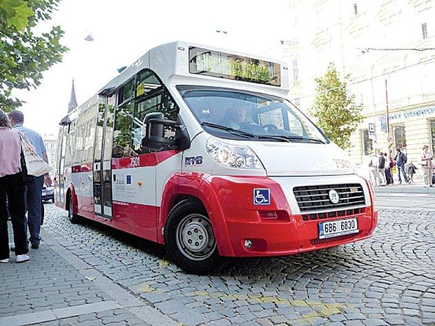 Minibus pro městský provoz v Brně a okolí.