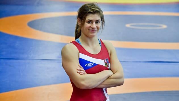 Zápasnice Adéla Hanzlíčková (na archivním snímku z 11. září 2019) vybojovala  na SP v Bělehradu stříbro.