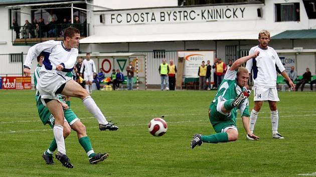 Fotbalisté Bystrce v zelených dresech