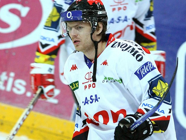 Hokejový útočník Roman Erat.