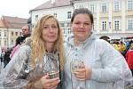 Návštěvníci si Pálavské vinobraní užívali i v dešti.