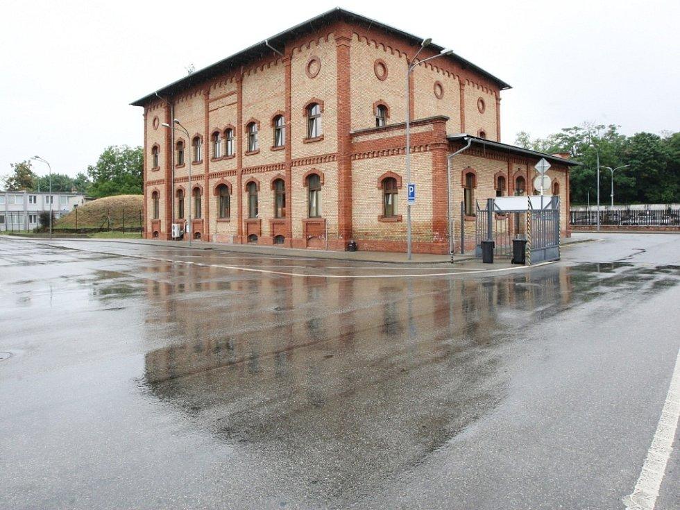 Městská jatka v Brně přestala fungovat po revoluci. Od roku 1998 je opravují a užívají Brněnské komunikace.