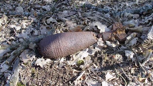 Strážníci našli u Brněnské přehrady v úterý minometný granát.