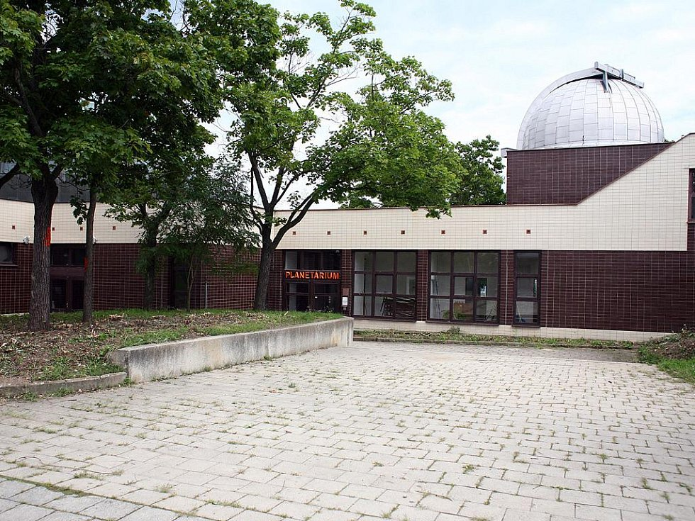 Stěhování brněnské hvězdárny.