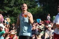 Na louce nad brněnskou Kamennou kolonií se o víkendu odehrává již jedenáctý ročník multižánrového festivalu Kamenka Open 2020.