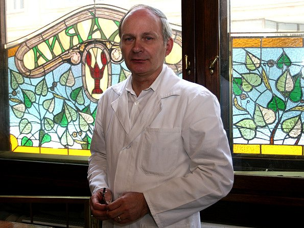 CHCEME ZŮSTAT.  Spolunájemce  lékarny Vladimír Pacold si myslí, že podnikatel Miroslav Lekeš si věcné břemeno vykládá po svém.
