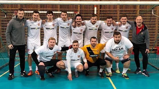 Česká reprezentace v malém fotbale při Lasvit Cupu.