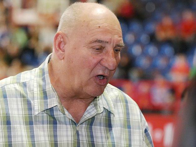 Trenér Jan Bobrovský.