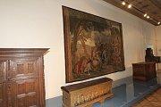 127 let čekala na své opětovné vystavení vzácná tapiserie zachycující bitvu athénského státníka a vojevůdce Kimóna. Bitevní výjev utkala v 17. století bruselská dílna Urbana Leynierse, do sbírek Moravské galerie se tapiserie dostala v roce 1885.