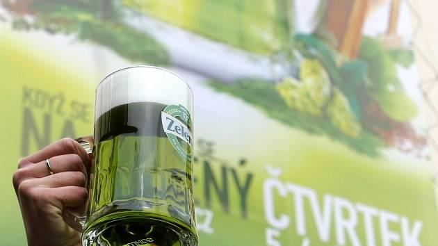 Zelené pivo - ilustrační foto.