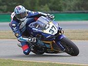 Volnými tréninky začal v pátek program mistrovství světa superbiků na Masarykově okruhu.