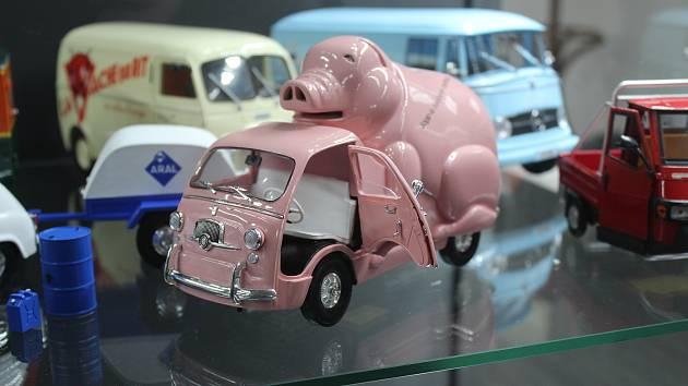Hipísácké Volkswageny, Tatry i hadraplány. Brňan ukazuje největší sbírku autíček
