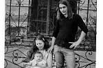 Jiřina Nehybová s dcerou Alicí a manželem Romanem Nehybou.