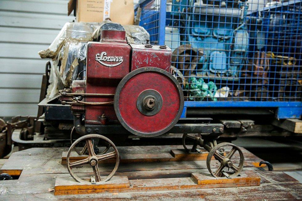 Muzeum průmyslových železnic ve Zbýšově zahájilo sezónu vyhlídkovými jízdami historických vláčků.
