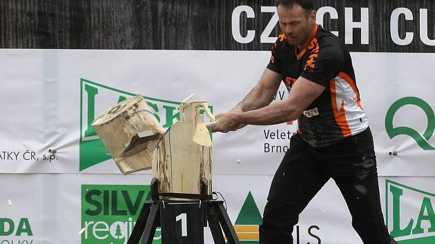 Timbersports v rámci veletrhu Techagro na brněnském výstavišti.