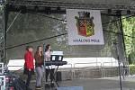 Park na brněnském Slovanském náměstí se v sobotu naplnil lidmi, kteří přišli oslavit letošní ročník Erbovních slavností Králova Pole.