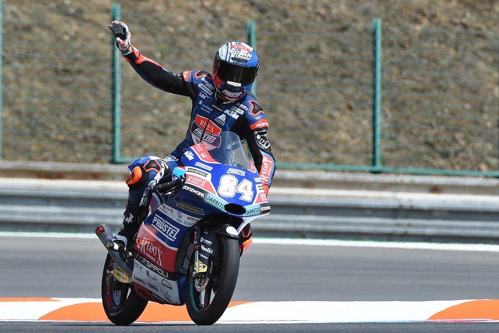 Hvězdný moment jezdce z Rohatce na Hodonínsku nastal před dvěma lety, kdy nejprve v sobotu ovládl kvalifikaci.