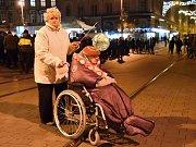 Oslava svátku 17. listopadu na brněnském náměstí Svobody.