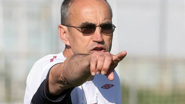 Trenér brněnských fotbalistů Zbrojovky Václav Kotal.