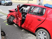 Při vážné nehodě ve Vranovicích zemřel na místě řidič jednoho z aut. Jeho spolujezdkyni transportoval vrtulník do nemocnice.
