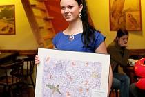 V kavárně Zahrada Café Therapy je k vidění výstava obrazů Barvy pro duši.