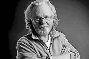 Skotský spisovatel Peter May se představí na festivalu českým čtenářům vůbec poprvé.