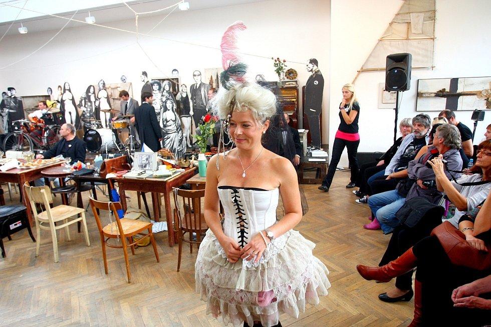 oslavy pětačtyřicátého výročí založení brněnského Divadla Husa na provázku.