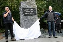 Kamenný památník připomíná tragédii z roku 1949, kdy se původní trati uskutečnil první a zároveň i poslední závod formule 1 v Československu.