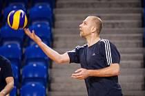 Ondřej Boula na tréninku české volejbalové reprezentace mužů v opavské víceúčelové hale před kvalifikací na mistrovství světa.
