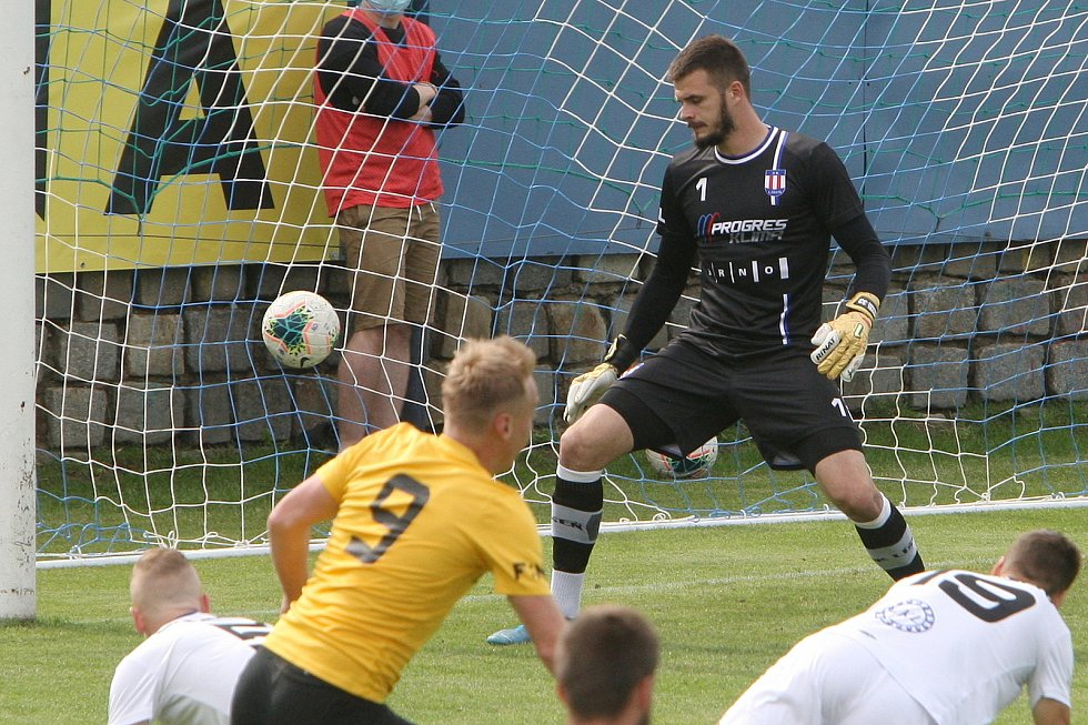 24.6.2020 - 26 kolo F:NL mezi domácí SK Líšeň (Pavel Halouska) proti FK Baník Sokolov (žlutá)