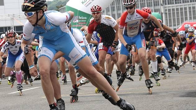 Závod inline bruslařů na akci LifeInLine Tour Brno.