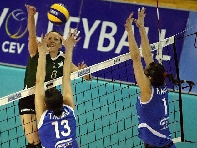 Volejbalistky KP Brno v utkání s Lokomotiv Baku.