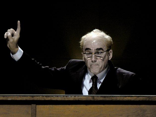 Emil Horváth byl za ztvárnění prezidenta Gustáva Husáka nominovaný i na prestižní cenu.