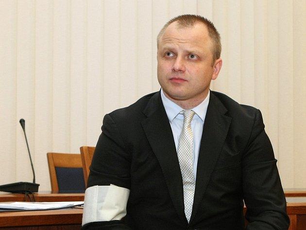 Thomas Smith před Krajským soudem v Brně.