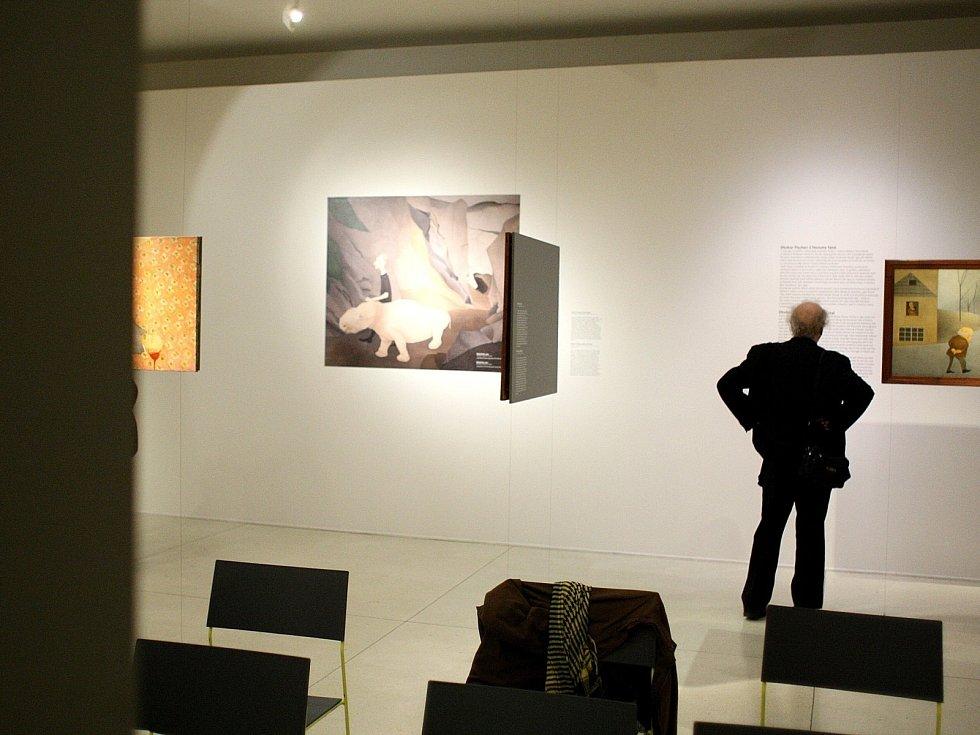 Moravská galerie v Brně zahájila vůbec první výstavu v České republice mapující rozličnou tvorbu Vlasty Vostřebalové Fischerové.