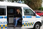 Na Festivalu vědy v Brně si lidé v sobotu mohli prohlédnout policejní a hasičský vůz, zkusit rýžování zlata nebo se dozvědět zajímavosti o archeologii.
